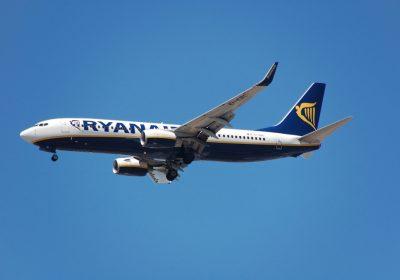 самолет, петък, 13, петък тринайсти, суеверия, въздушен транспорт